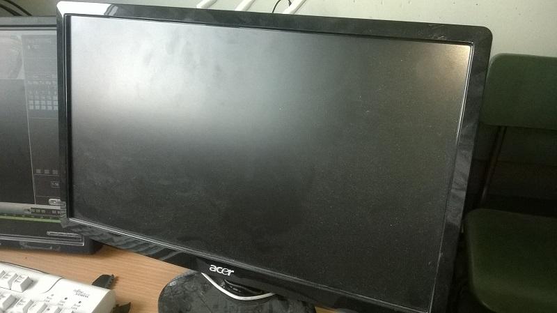TV Monitor 800 x 449